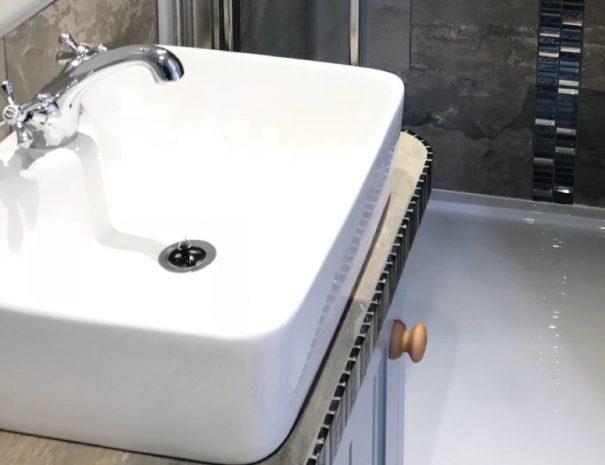 Rest-Shower-room